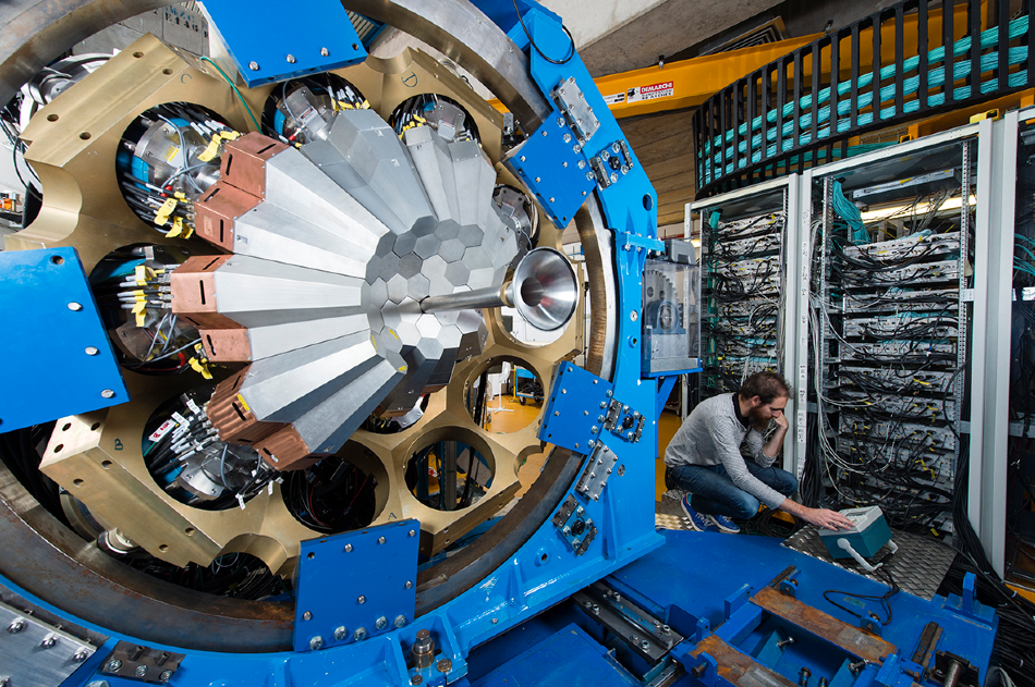 The Advanced Gamma Tracking Array (AGATA), which researchers from KTH used to study unstable atomic nuclei generated at the Grand Accélérateur National d'Ions Lourds.
