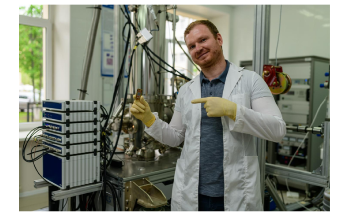 New Platform to Realize Ultra-Strong Photon-to-Magnon Coupling