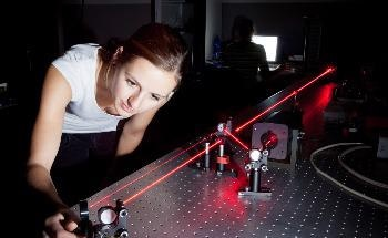 Scientists Generate Entangled Photons Pairs in Non-Linear Metasurfaces